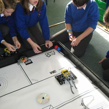 Robotics day for Year 6 October 2010