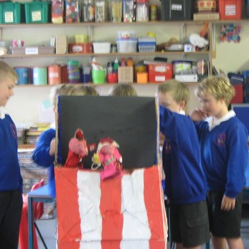 Year 3 and 4 do Punch and Judy! July 2011