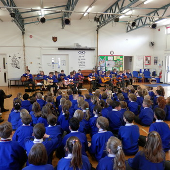 Year 4 guitarists 2016